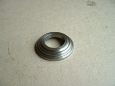 70-6439  Bottom collar, valve spring, Triumph